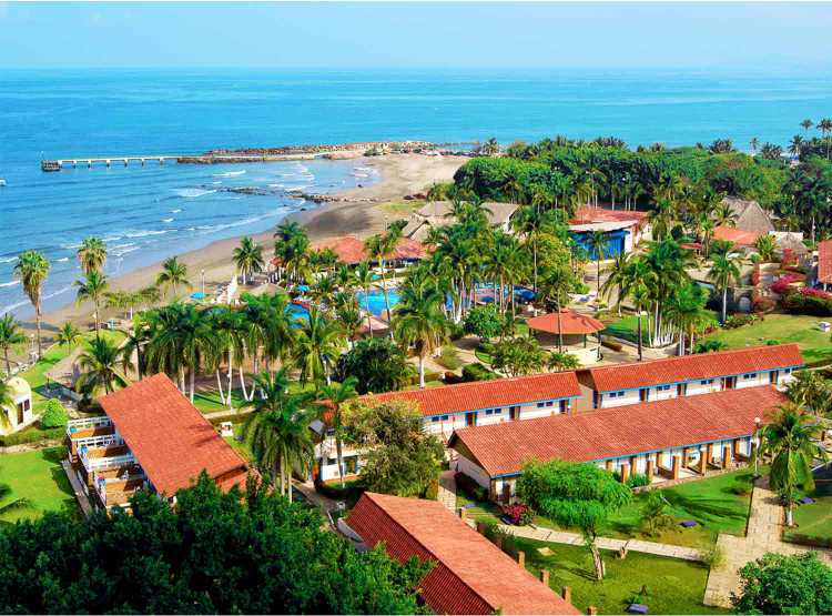 Hotel Qualton Club Ixtapa. Fotos, Videos, Comentarios, Paquetes, Ofertas, Promociones